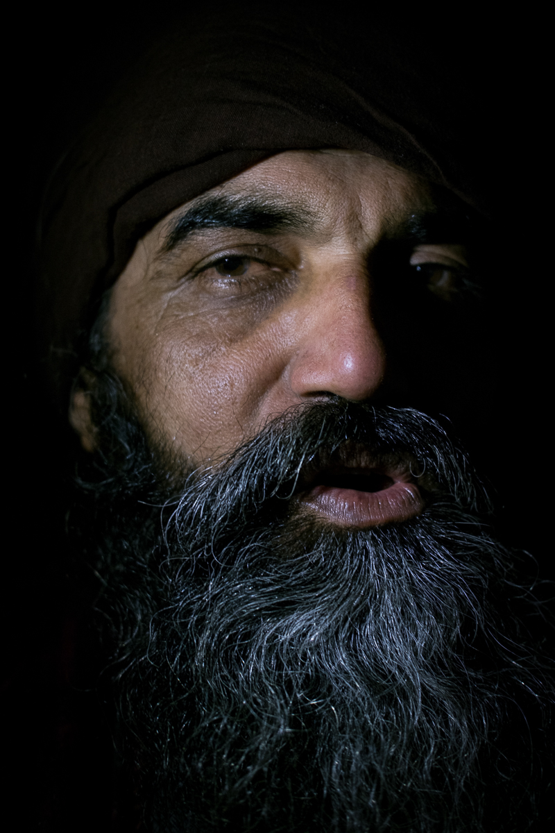 "Brar, from Cachemira, is a homeless Sij. "" God is in my heart """